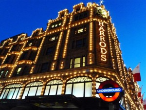 harrods-shopping-magasin-londres-illuminations