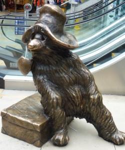 ours-paddington-gare-bronze