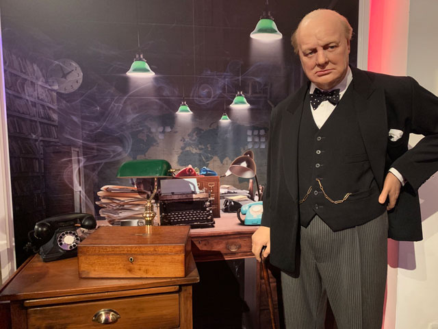 Madame-tussauds-churchill