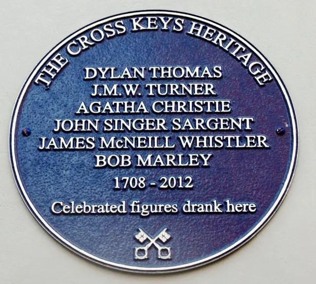blue-plaque-cross-keys