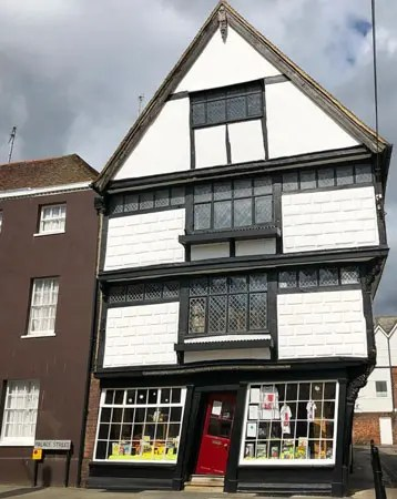 Crooked-house-canterbury
