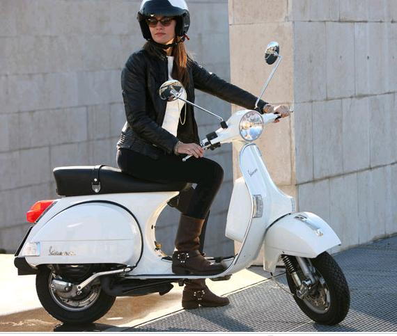 https://i2.wp.com/bonsaibiker.com/wp-content/uploads/2011/04/vespa.jpg