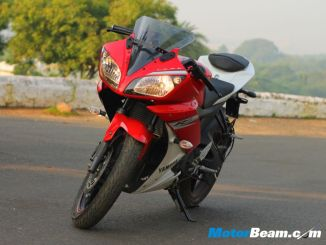 Yamaha_R15_V2_Review_16