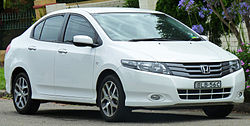 250px-2009-2010_honda_city_gm_vti-l_sedan_2011-01-13
