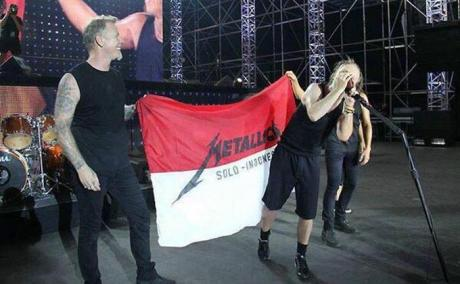 bendera-metallica-solo-indonesia