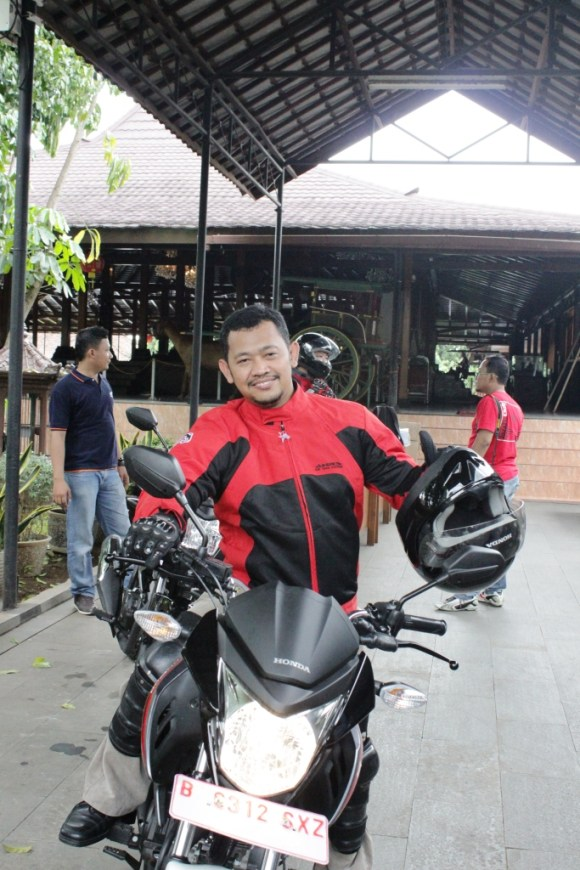 test ride megapro FI 2