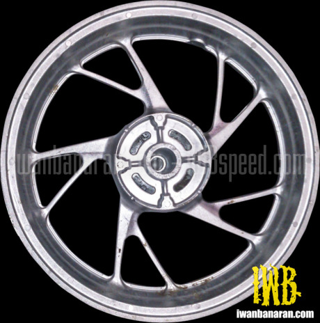 Honda-K15G-spoke-wheels-2