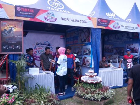 Kontes SMK di event Blue Core Yamaha Motor Show (BYMS) 2015