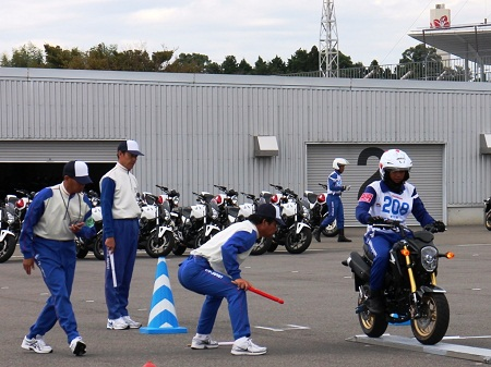 Safety-Riding-Instructor