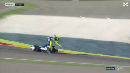 rossi crash di FP 3 gp aragon
