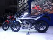 All New V-ixion dan All New V-ixion R 2017 (4)