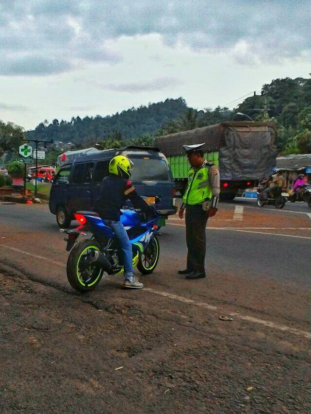 GSX-R 150 ini Distop Polisi Bukan Ditilang