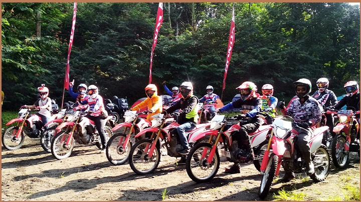 Kegiatan Honda CRF150L Bikers Adventure Camp 2018