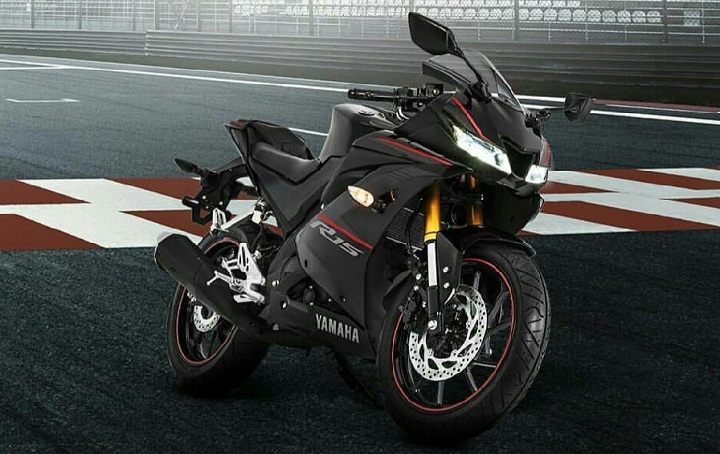 Yamaha-R15-2018-Warna-Baru-Racing-Black-Matte