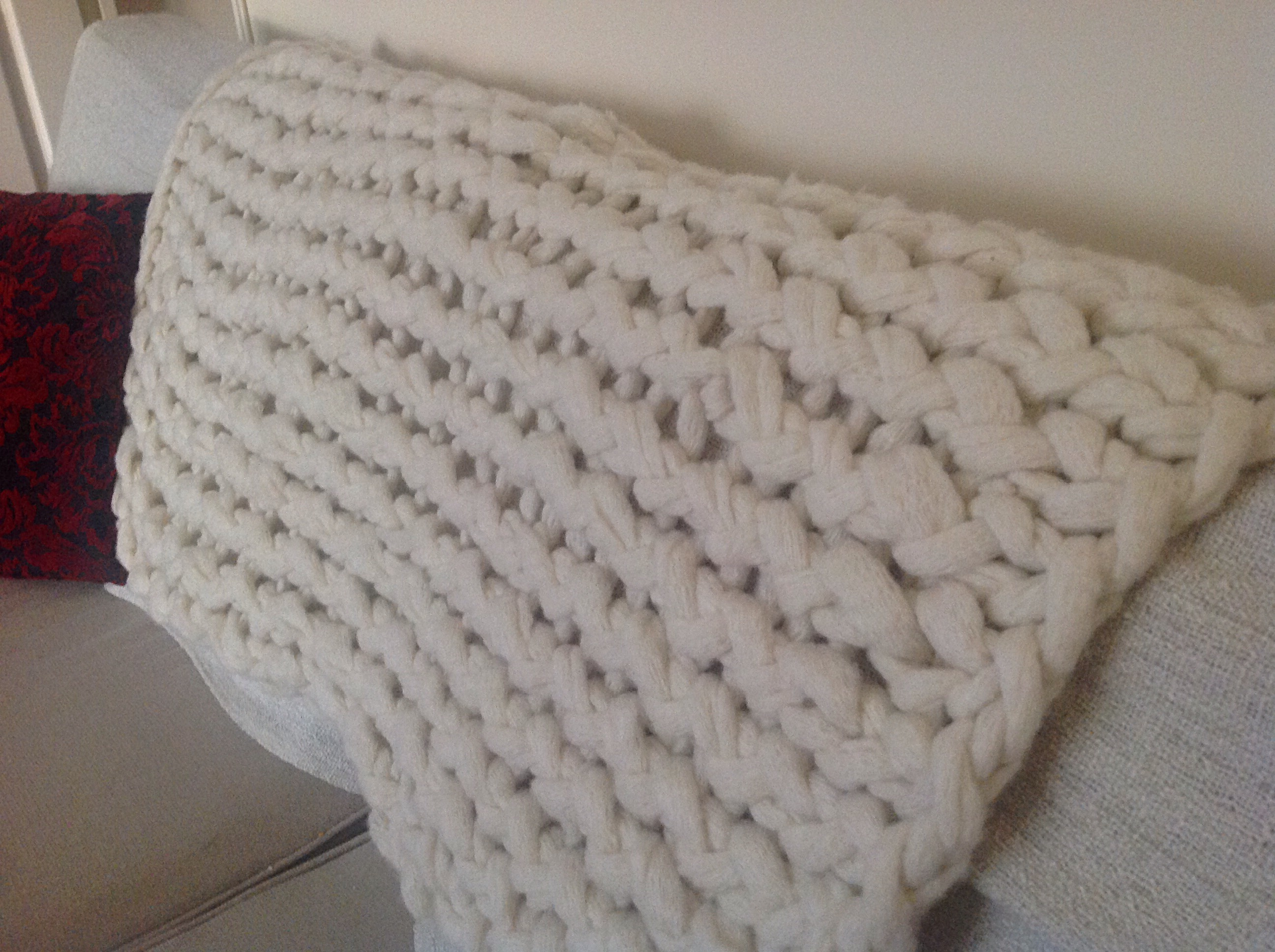Arm Knit Blanket | Free Tutorial