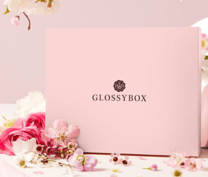 Read more about the article Glossybox d'avril : 140€ de produits pour 11€