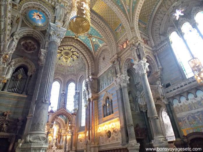 interior-basilica-lyon