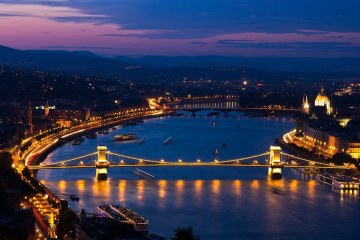 BUDAPEST: HOTEL 4*  (2 NIGHTS) FOR 21 EUROS P/P