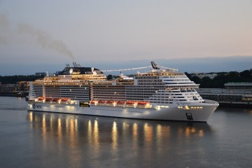 4 DAYS CRUISE FULL BOARD FROM HAMBURG TO SOUTHAMPTON FOR 139 EUROS