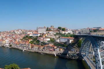 PORTO:  LONG WEEKEND NON STOP ROUND TRIP FLIGHT + HOTEL 4* (3 NIGHTS)   FROM FRANCE, BELGIUM  AND UK FROM 94 EUROS P/P