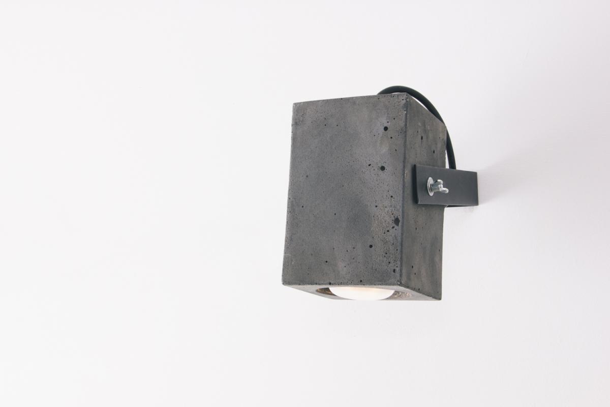 4850-luminaria-ponto-preta-tomada-4-1200