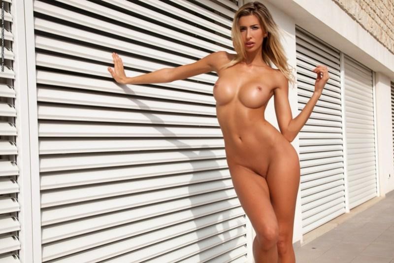 Claudia 06