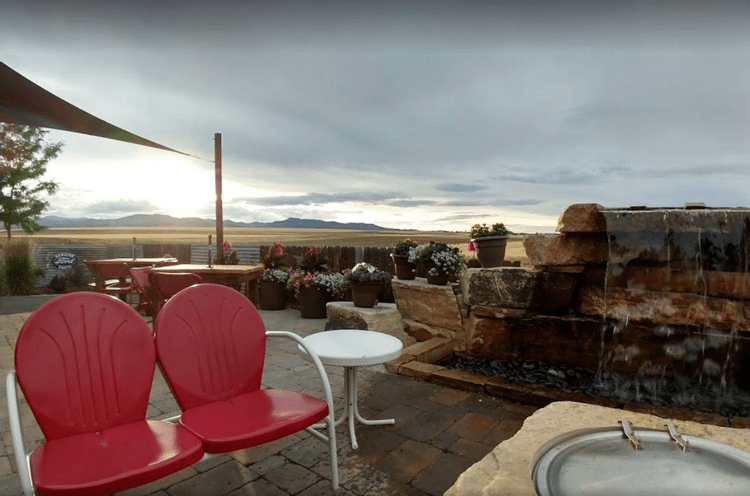 the 11 best restaurants with outdoor patios in loveland colorado