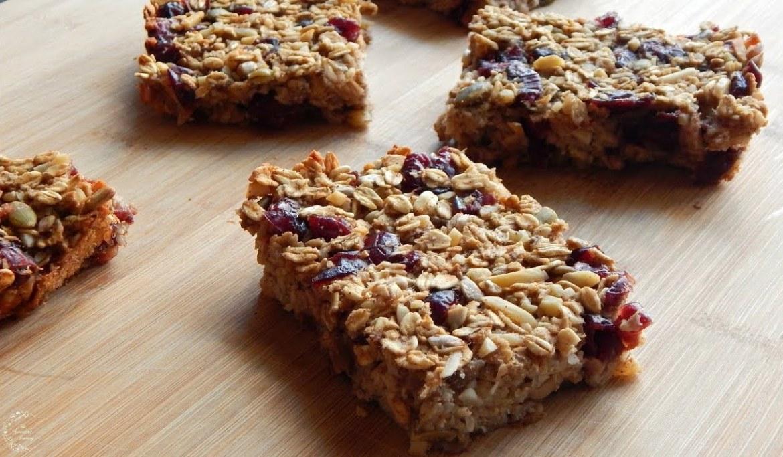Healthy Oatmeal Breakfast Bars Recipe