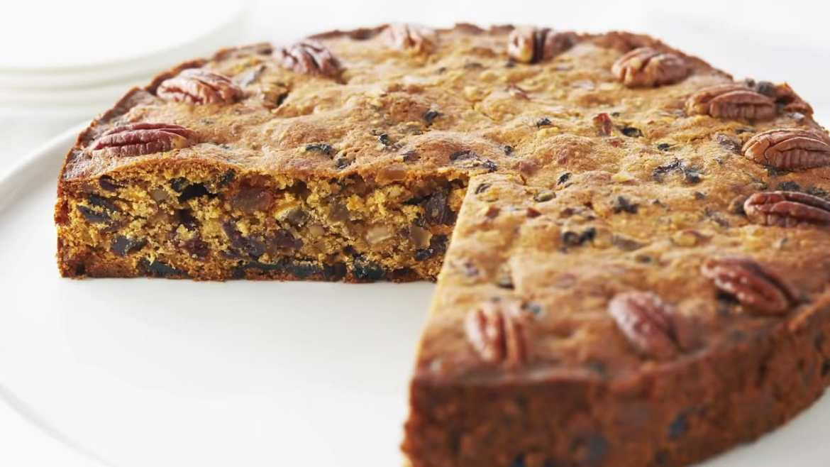 Anna Bakes Classic Holiday Fruit Cake