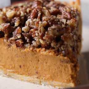 Pumpkin Pie With Maple Pecan Crumble