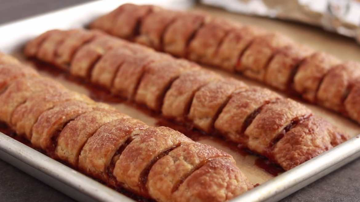 Apricot Walnut Rugelach -- a Cookie That Wants to Be a Pastry