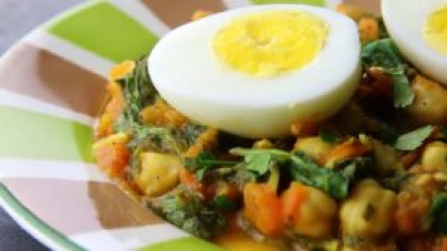 Chickpea, spinach and egg