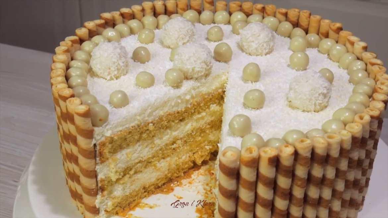 AMAZING RAFFAELLO CAKE