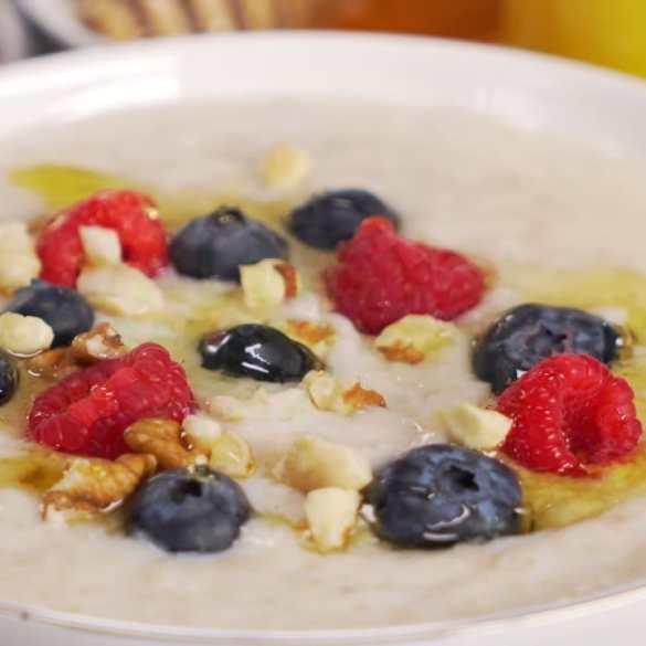 How to Make Perfect BREAKFAST PORRIDGE? Oatmeal Porridge In 10 Minutes