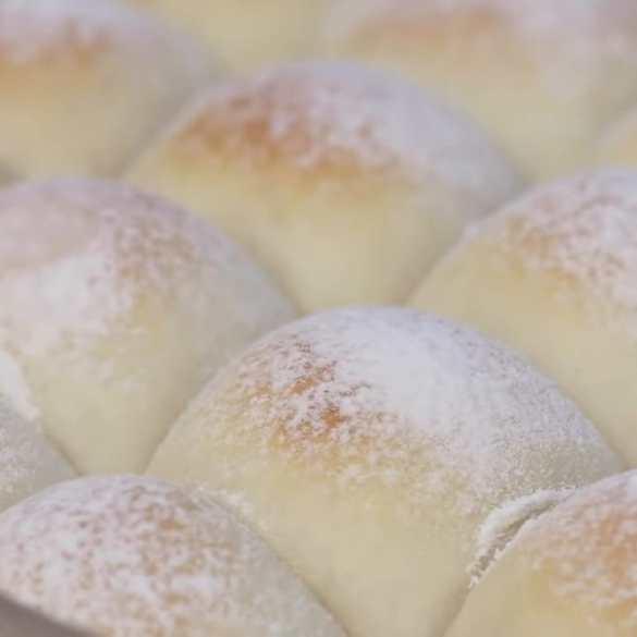 I Made Soft Fluffy Milk Bread Rolls From Scratch