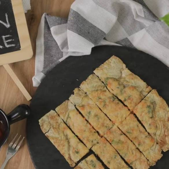Crispy-Fried-Prawn-Pancake