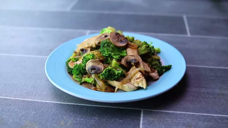 chicken & veggie stir fry 380 calories