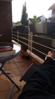 Entspannungszeit auf dem Balkon
