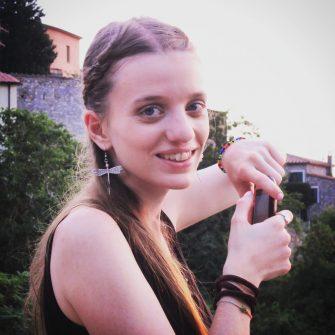 (c) Sophie So