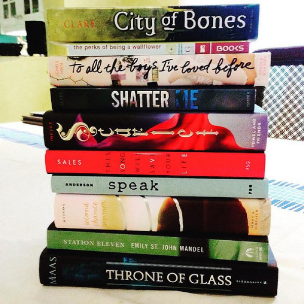 Top Ten Tuesday: Hyped Books I Haven't Read Yet