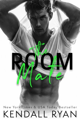 {Review} The Room Mate by @KendallRyan1