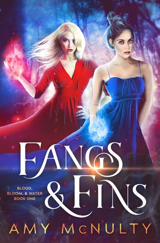{Review+Giveaway} Fangs & Fins by Amy McNulty @McNultyAmy
