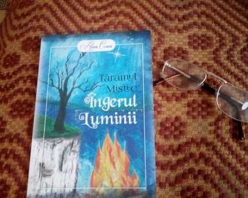 Mai există oameni care-ți vor binele: Îngerul luminii (Tărâmul Mistic #1), Alina Cosma – Primus