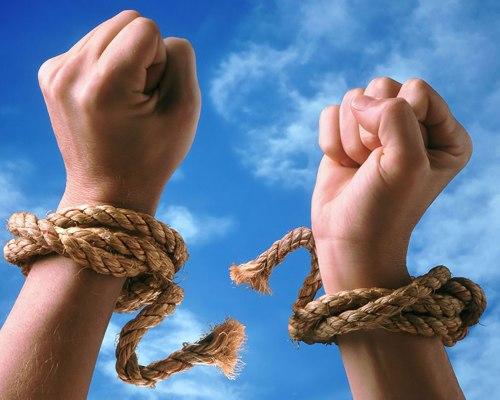 Ferește-te de dependență: e nocivă și aducătoare de nefericire