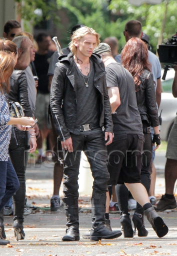 The Countdown Begins: 1 Year Until the City of Bones Movie is Released