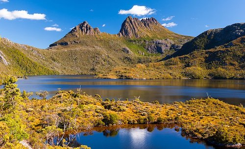 Tasmania highlands, setting for The Sound of One Hand Clapping