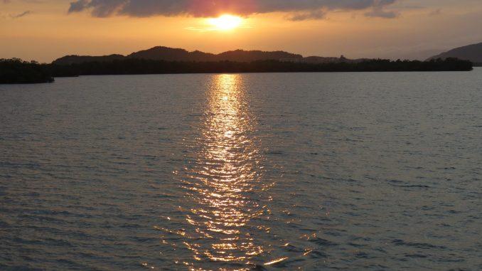 Cuban sunset at Maria del Portillo