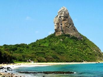 Бразилия открывает для туристов ряд островов