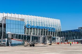 Число рейсов в аэропорту Симферополя за неделю выросло почти на 40%