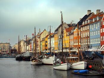 Дания с 10 мая разрешит собираться в группы до 500 человек